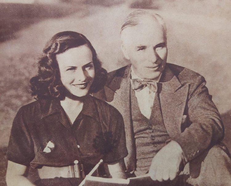 1937 - Charles Chaplin e Paulette Godard