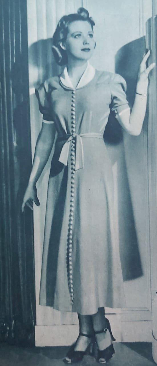 1937 - Moda: vestido de lã para passeio