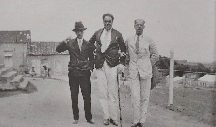 1927 - Manuel Bandeira, Ascenso Ferreira e Mário de Andrade na fazenda de Tarsila do Amaral